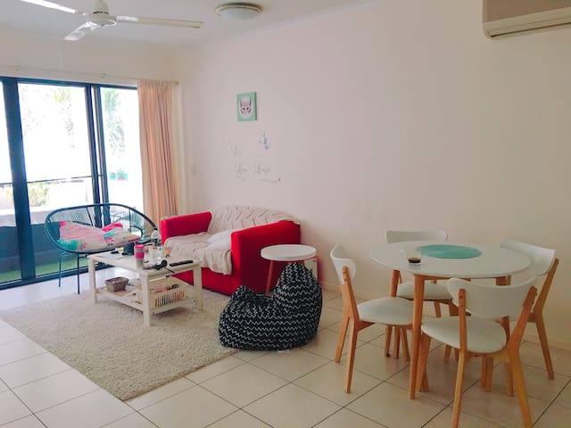 Double room near Cairns Central