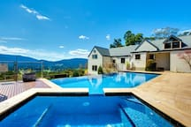 Gas heated spa all year round and solar heated pool