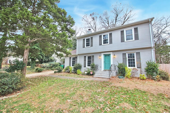 Quiet 4BR Covedale Get-away