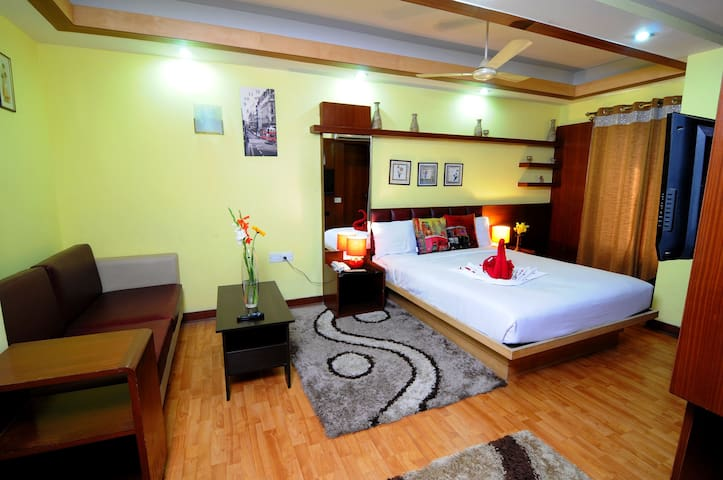 Peaceful stay in Koramangala at budget prices