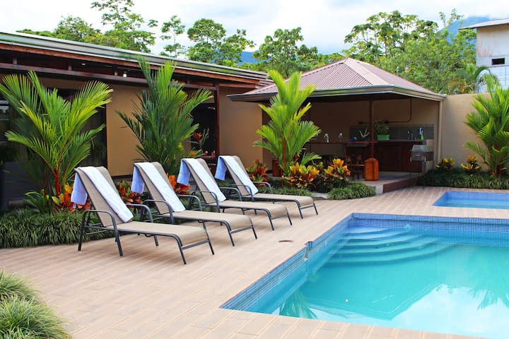 Fortuna's Best - Arenal 5 Star Luxury Hideaway - La Fortuna - Casa