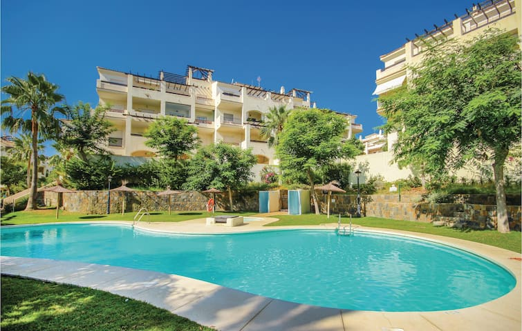 Holiday apartment with 2 bedrooms on 66m² in San Luis de Sabinillas