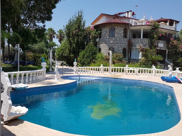 Premium Apartment  Villa Dalla