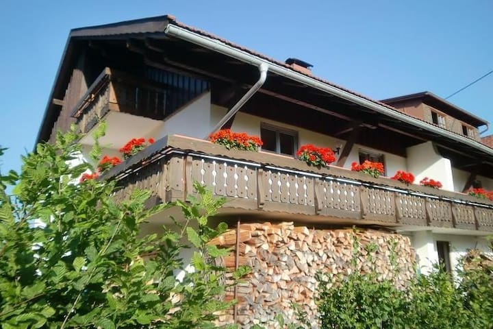 Large apartment with balcony in the heart of beautiful Allgäu