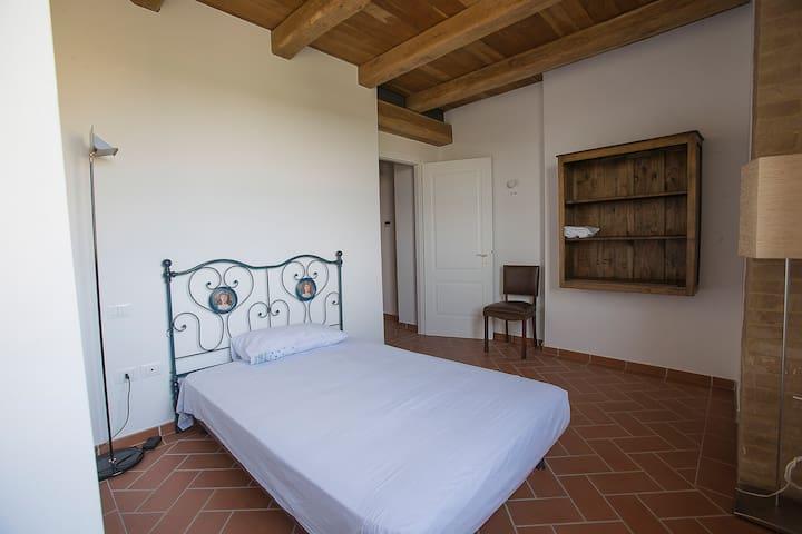 casa per soggiorni di relax e natura - Moncalvo - Apartamento