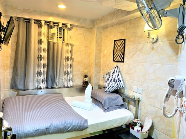 Deluxe Double Room With Private Bathroom #2
