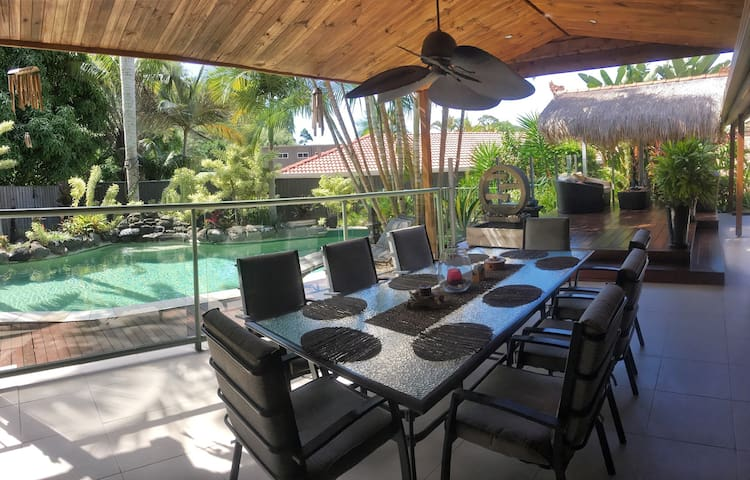 Balinese Resort Style House Tugun - Tugun - บ้าน