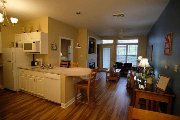 220- 2 Bedroom Suite