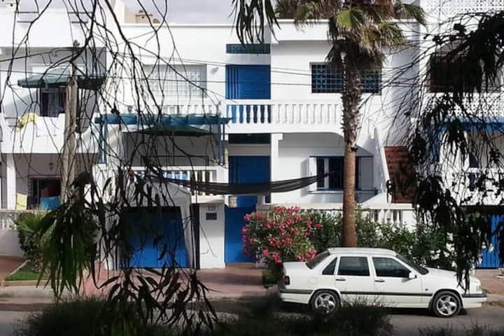 Dar Maïa, appartement face à la grande plage