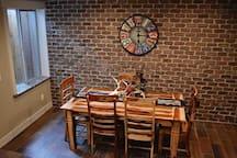 Hewlett's Hideaway - Cozy/ spacious basement apt