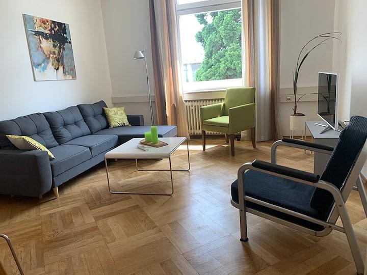 Bodenseeloft HE66, (Kressbronn a. B.), Stylische Ferienwohnung, 87qm, Lounge, 2 Schlafzimmer, max. 6 Personen