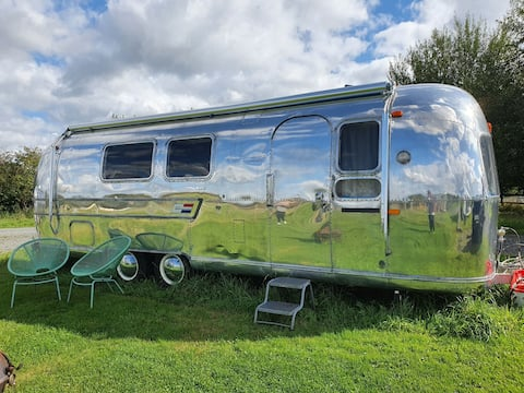 Modernly renovated 1969 Airstream, Melissa Belle
