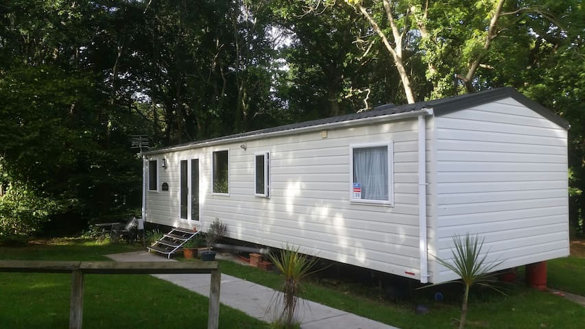 Caravan, 2 bed, sleeps 6, Thorness Bay, IOW. - Cowes - Chalé