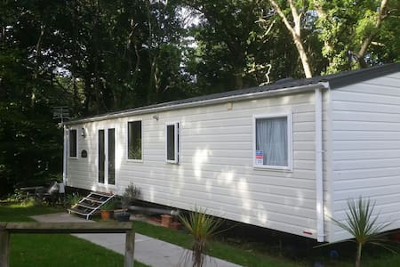 Caravan, 2 bed, sleeps 6, Thorness Bay, IOW. - Cowes - Chalet