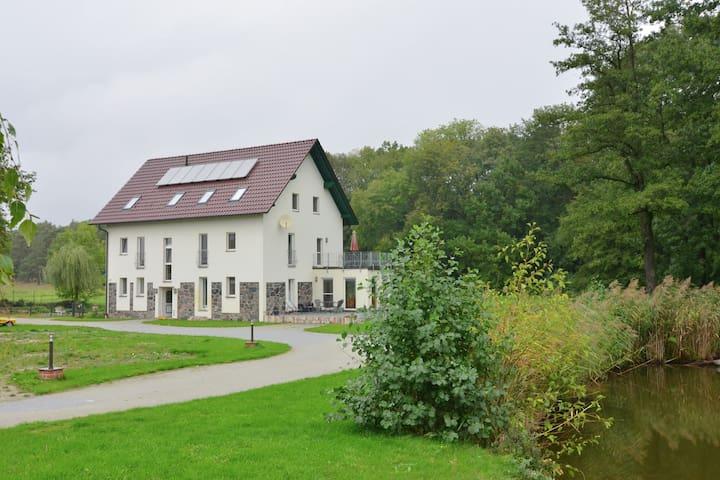 Lussuoso appartamento con giardino a Friedland, Brandeburgo
