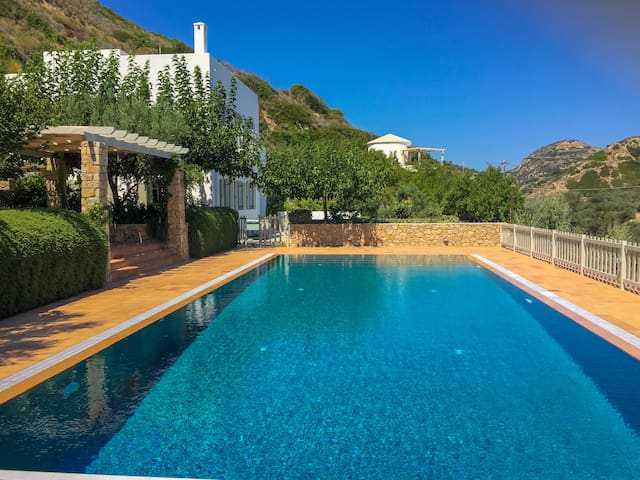 Villa Manolia, Skyros - private pool, sea views