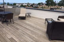 Personal rooftop patio with views of Lake Erie and downtown Cleveland.  Perfect for entertaining!