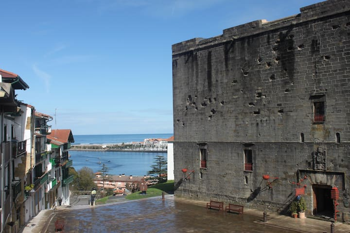 Cozy apartment in the old town (Regis. Nº 00127) - Hondarribia - Apartment