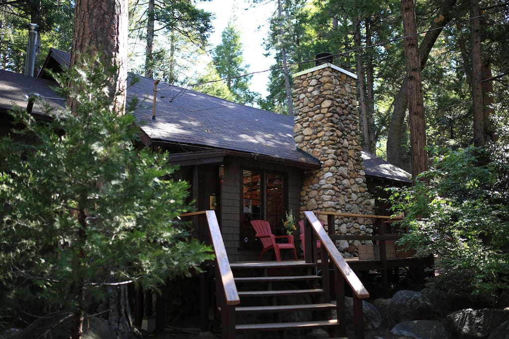 Front of cabin with welcoming porch.