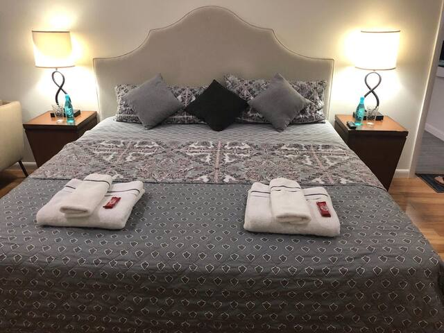 Clean Large Suite in Gated Community(West Nassau)