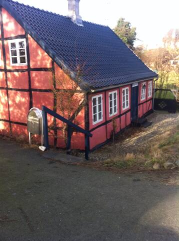Prinsessehuset, langelands idyl - Tranekær - House