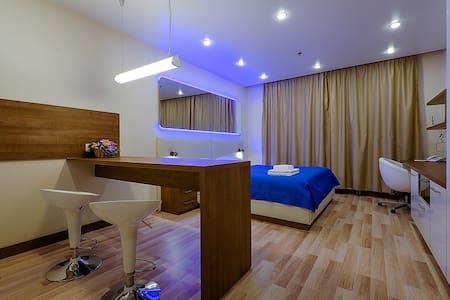 Снять квартиру 57 Хошимина 16 - Санкт-Петербург - Appartement
