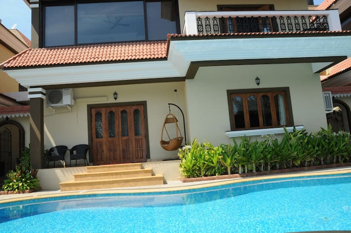 Super luxurious Villa - Candolim