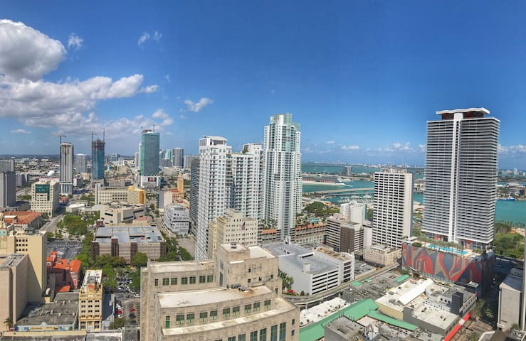 AMAZING VIEW in DOWNTOWN Miami