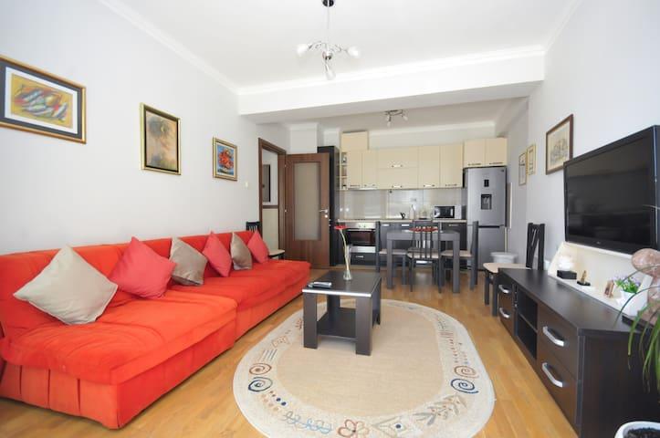 1bedr. apartment 2min beach BUDVA