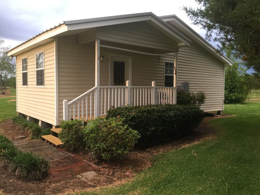 singles in arnaudville 2 single beds, 1 sofa bed  arnaudville, louisiana, united states joined in february 2016  more places to stay in arnaudville: apartments .