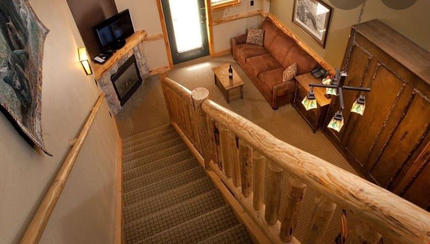 Hope Lake Lodge experience of a lifetime. Sleeps 6