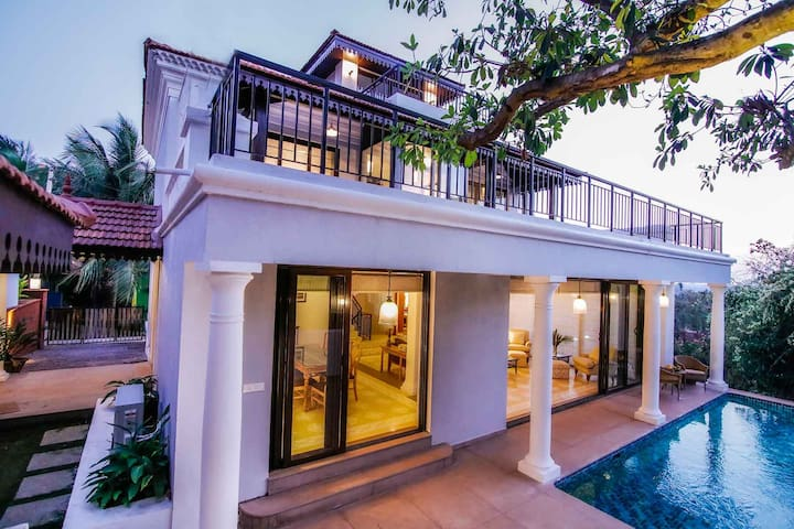 Sol de Tres - 3 Bed Private Pool Candolim Villa - Candolim - Villa
