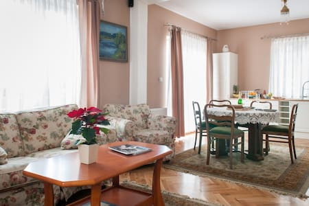 Willa Astoria/Apartament BB Deluxe