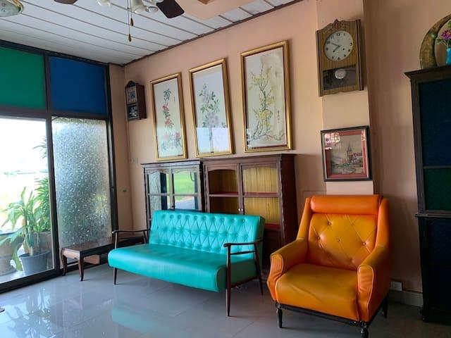 Baan Nong Muk - Antique Studio House