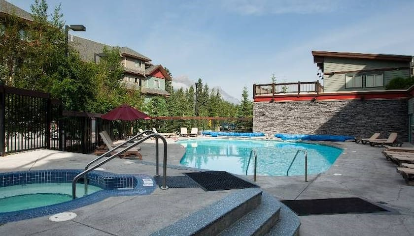 Vacation Condo in Canmore | Outdoor Hot Tub