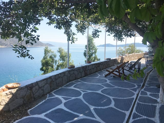 Spectacular view to the sea!