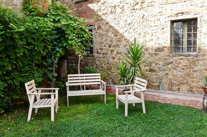 ANGOLO DIVINO TUSCANY Lucignano - Lucignano - Haus