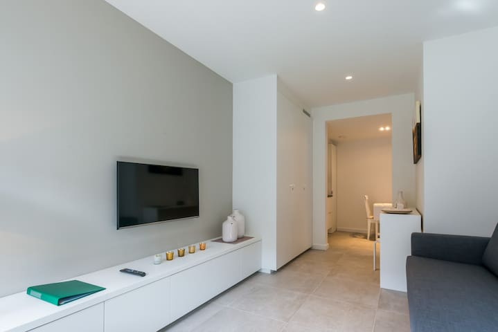 New studio close to station, shops, beach, city - Knokke-Heist - Apartamento