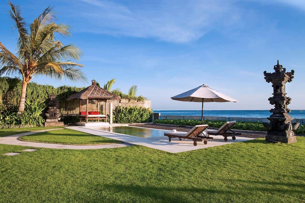 amed bali ashling villa villen zur miete in abang bali indonesien. Black Bedroom Furniture Sets. Home Design Ideas