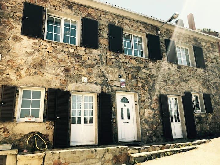"""Casa de piedra """"Os Muiños"""" 4 km de Muxia"""