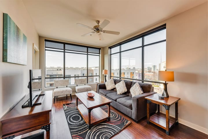 Magnificent One Bedroom Apartment by Stay Alfred