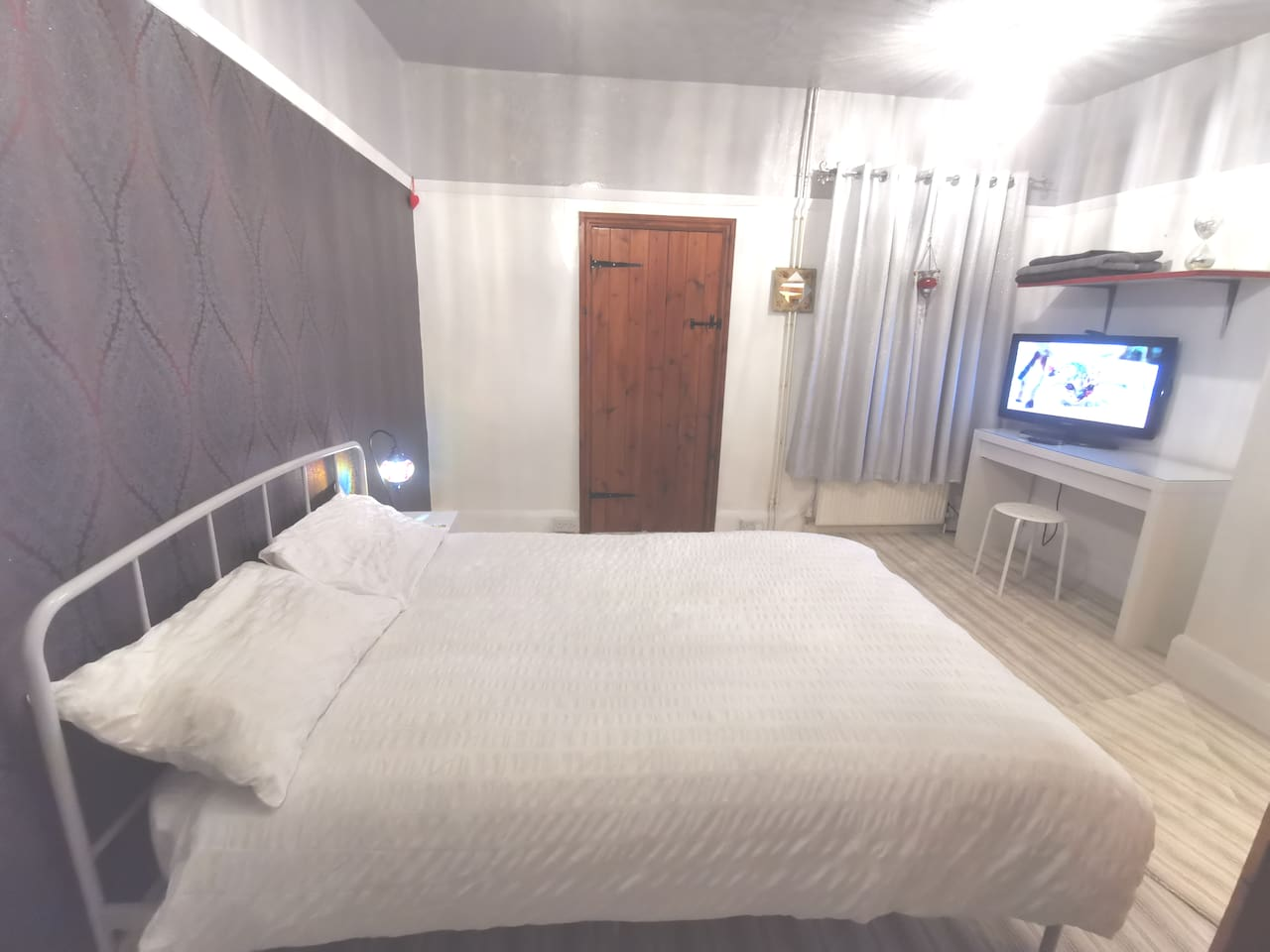 Our lovely newly renovated double bedroom which can accommodate 3 people