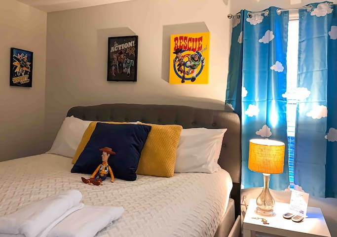 Comfortable Toy Story room King bed
