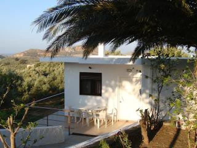 Cottage in Lefkogia - Lefkogeia - Casa