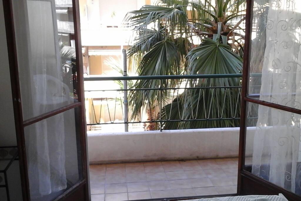 terrasse côté chambre à coucher