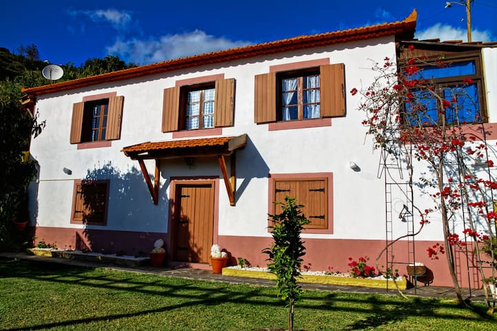 Heaven Villa - Pool/Wi-Fi/BBQ - Arco Da Calheta - Dům