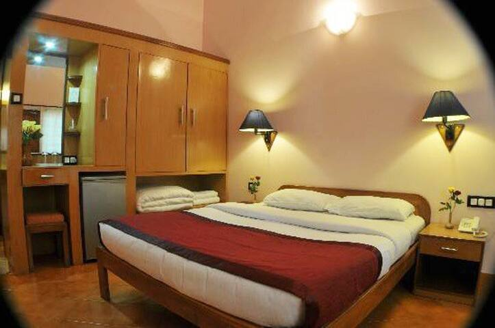 Fazziaa Rooms With Pool 5min To Vagator Beach LR