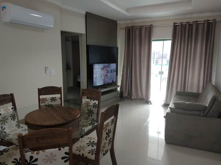 Apto novo mobiliado, 2 suites, 400m do mar-Itapema