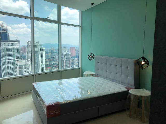 Master, Middle Rooms in Sky Suite 2min walk KLCC