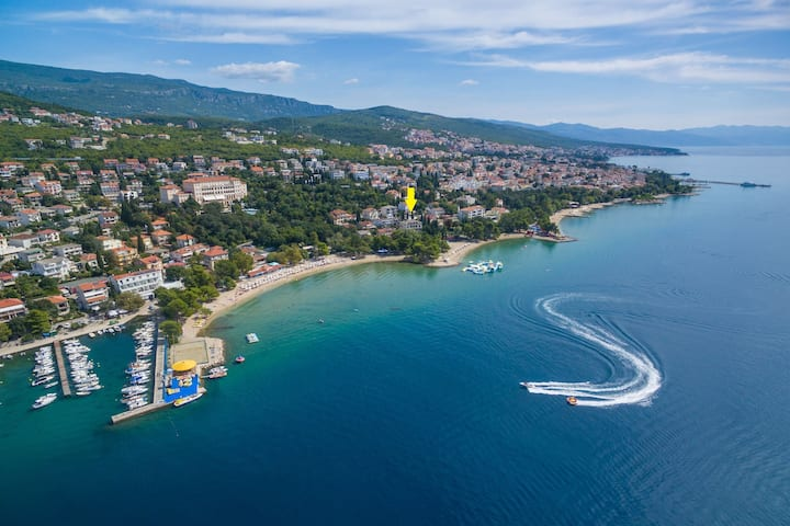 Two Bedroom House, seaside in Crikvenica